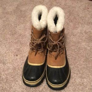 Never worn Sorel women's boots
